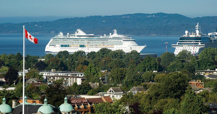 Victoria BC Inner Harbour Kreuzfahrtschiffe Kanada
